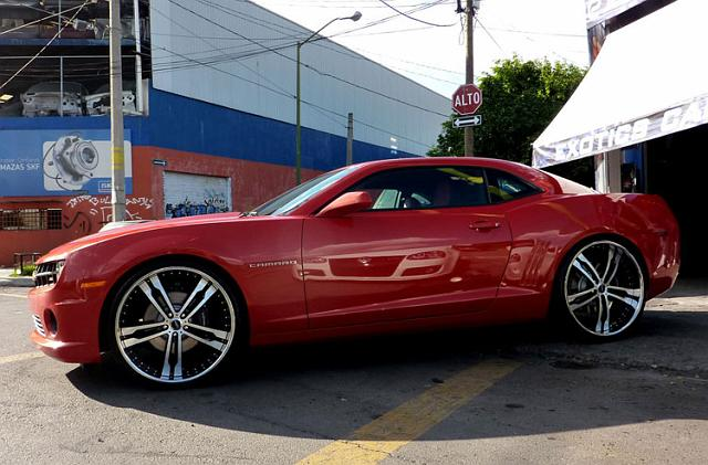 CW Photo Gallery/Cars/2010-Red-camaro